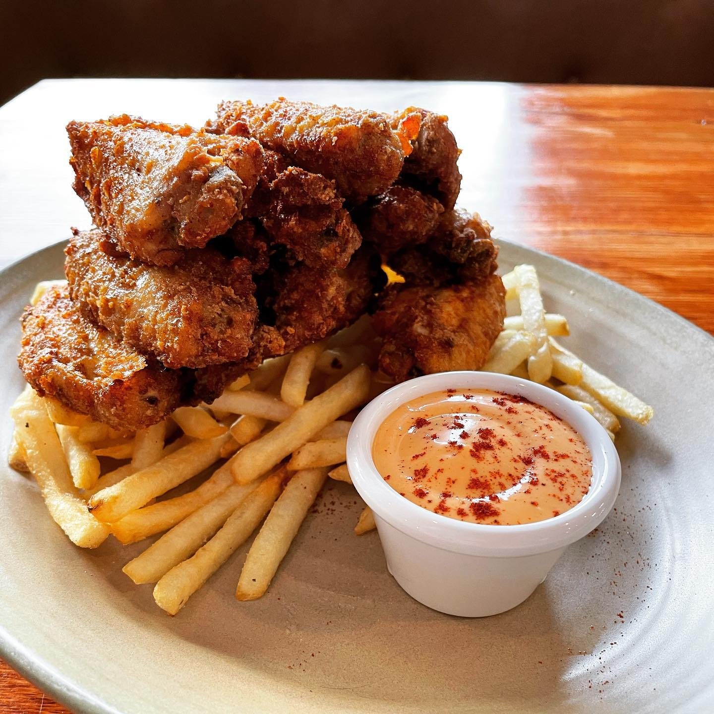 Ed's Hastings fried chicken wings and fries